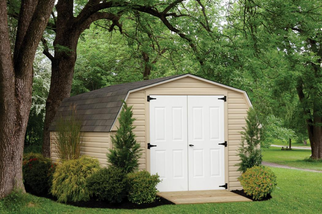 Mini Barn Vinyl Siding